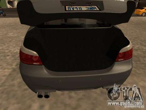 BMW M5 E60 2009 v2 for GTA San Andreas bottom view