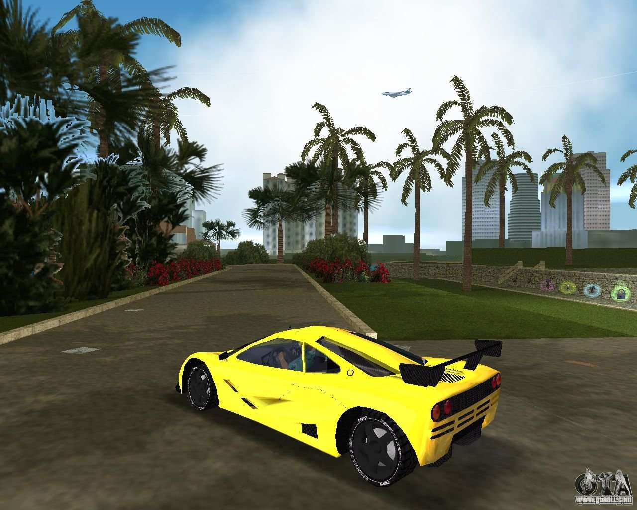 McLaren F1 LM For GTA Vice City Left View