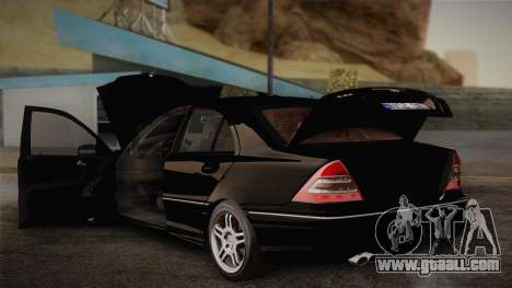 Mercedes-Benz C32 AMG 2004 for GTA San Andreas side view