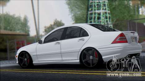 Mercedes-Benz C32 Vossen for GTA San Andreas left view