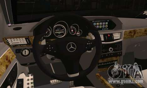 Mercedes-Benz E320 for GTA San Andreas back left view