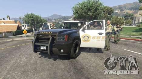Call the police v0.1 for GTA 5