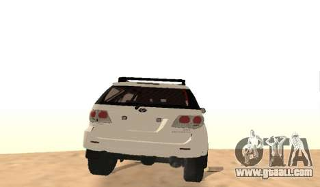 Toyota Fortuner 4WD 2015 Rustica for GTA San Andreas right view