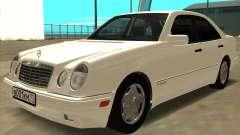 Mercedes-Benz E420 W210
